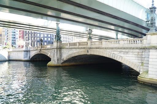 現在架けられている日本橋は1911年に完成した20代目。国の重要文化財にも指定されている。