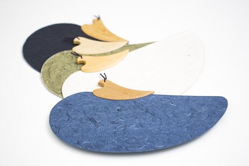 「榛原特製 千鳥団扇」は美しい千鳥をかたどった涼やかで格式の高いうちわ。(4月14日~販売開始)