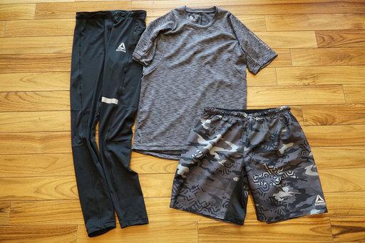 (左から)タイツ ¥5,389、Tシャツ ¥4,309、ショーツ ¥4,309/以上すべてリーボック(リーボック アディダスグループお客様窓口) ※すべて税込み価格