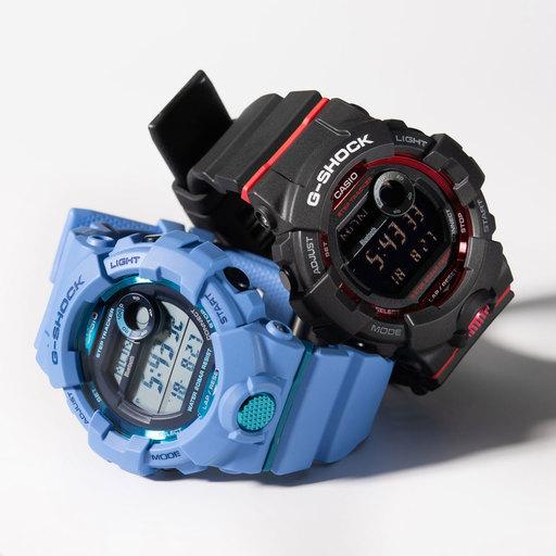 (左)¥13,500[GBD-800-2JF]、(右)¥13,500[GBD-800-1JF]/ともにG-SHOCK(カシオ計算機 お客様相談室 03-5334-4830