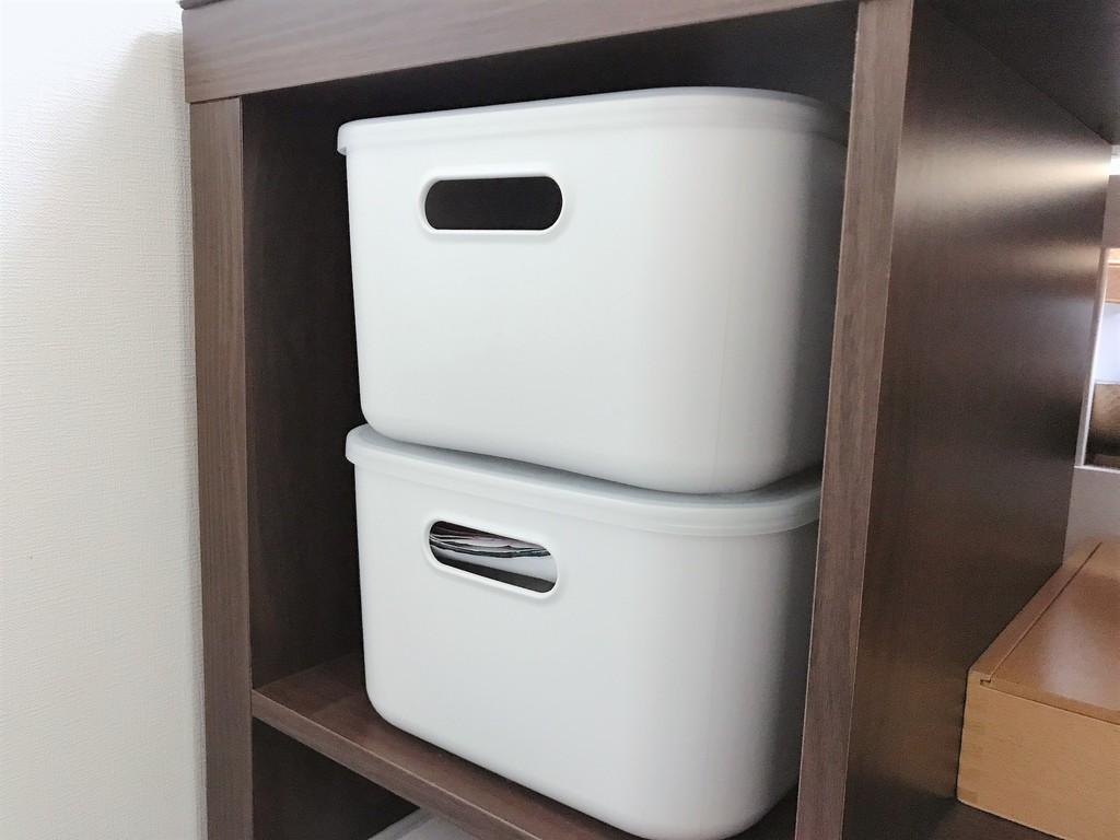 このケースは、2つまで積み重ねられる点も便利です。